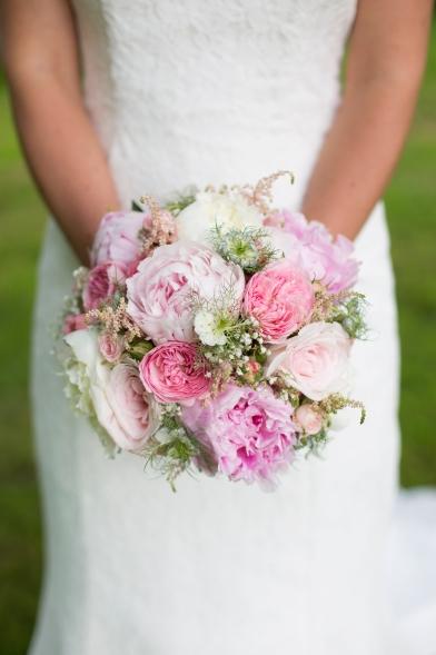 Bouquet de mariée par ARTmania Fleuriste Bordeaux Caudéran